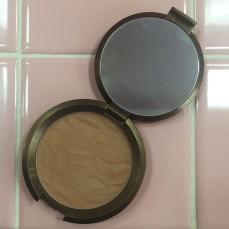 Makeup.Becca.Bronze